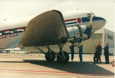 My first date with a DC-4 (and a girl)